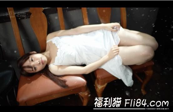 STARS-176:超可爱的楠木あず(楠木杏)用金蛇缠丝手征服男伴!